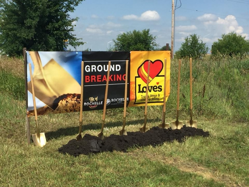 Love's Travel Stop & Country Store Breaks Ground in Rochelle